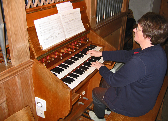 Therese Jordi, organist / Photo: Heinz Rieder