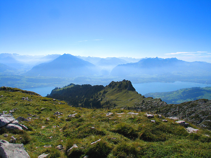 View from the Sigriswiler Rothorn / Photo: Fritz Bieri
