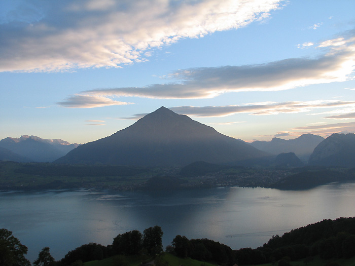 Niesen, Lake Thun / Photo: Fritz Bieri